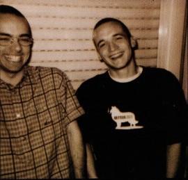 UVE y Priteo: Falsa Identidad (1998)